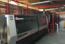 De Amada Ensis 3015 AJ fiberlaser is bij Euro Equipment in Rotterdam gekoppeld aan een centraal magazijn met 370 palletposities.