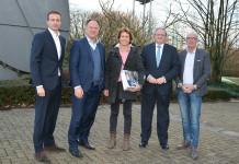 De jury van de Smart Manufacturing Award 2018. V.l.n.r. Mark Helder, David Pappie, Gu van Rhijn, Michaël van Straalen en Rolf Elling.