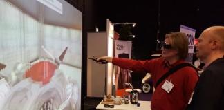 Waar 3D printen van virtueel naar reëel gaat, doen VR en AR dit andersom door virtueel als echt te laten voelen of virtuele zaken toe te voegen aan de werkelijkheid.