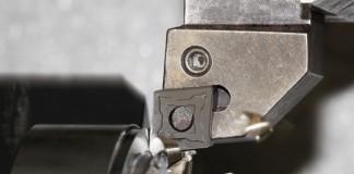 De NMR-spaanbreker is bedoeld voor voor- en tussendraaibewerkingen.