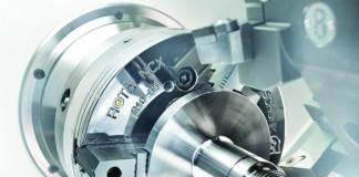 Op CNC-draaibanken met korte slag cilinders zorgt de universeel inzetbare snelwisselklauwplaat Rota NCX voor een hoge productiviteit.