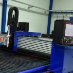De machines van ACT hebben een ontwerp dat afwijkt van de concurrenten. Ze zijn geheel vervaardigd uit aluminium. De snijbrug is een doosconstructie, die heel stijf is door het gebruik van onder andere Kanya aluminium extrusie profielen. Door het aluminium zijn de machines lichter en stijver dan andere.