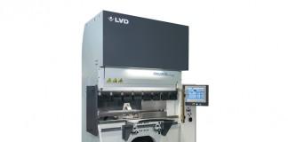 Net zoals de andere Dyna-Press-modellen is de 40/15 Plus ideaal voor het efficiënt buigen van stukken aan hoge buigsnelheden van 25 mm/s.