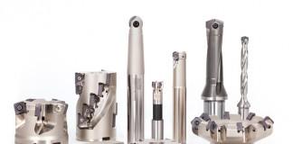 Met de baanbrekende nieuwe technologie TunGforce introduceert Tungaloy revolutionaire ontwikkelingen in hardmetaalkwaliteiten en geometrieën voor draaien, frezen, afsteken, groefsteken en boren
