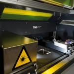 Een machine ontwikkeld voor het 3D-printen van plastic en keramische producten, met hoge-resolutie en in groot volume.