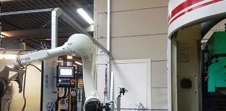 RFA-Robotloader-Kawasaki-RS20N-met-bij-2-slijpmachines-bij-Tebra