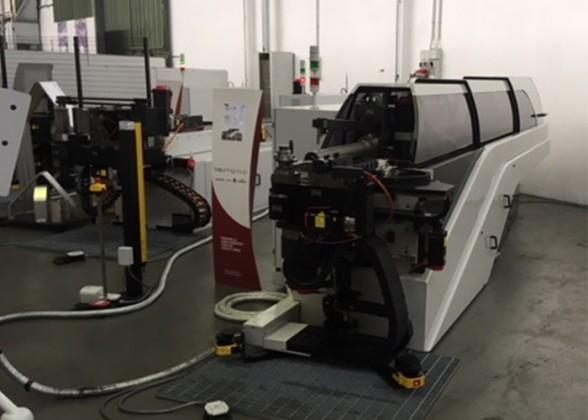 Tuwi-Pedrazolli-CNC-doornbuigmachine