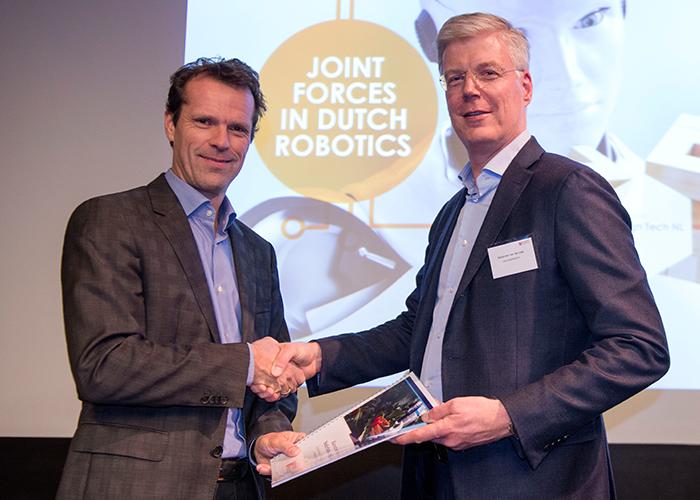 Dutch-Robotics_CS86403-(002)