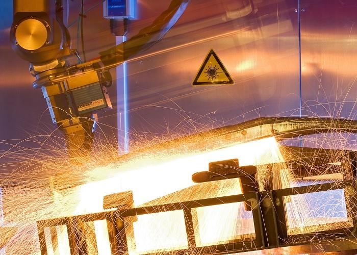 Eén laserkop voor snijden, lassen en 3D printen