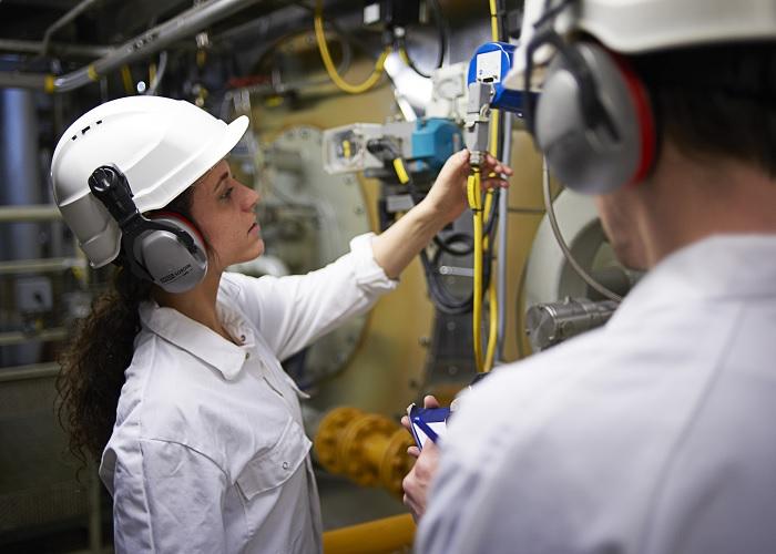 Op weg naar 30% vrouwen in de techniek in 2030 - MetaalNieuws, het laatste  nieuws uit de Metaalbranche