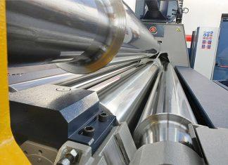 Cilindrische producten zien er in één doorgang op de K-lijn plaatwalsen van MG perfect uit en behoeven niet of nauwelijks voor- of nabewerking.