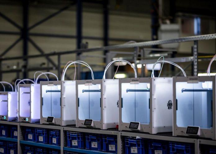 Via Ultimaker.com kunnen ziekenhuizen nu in één oogopslag zien welke beschikbare 3D-print hubs in de buurt zitten.