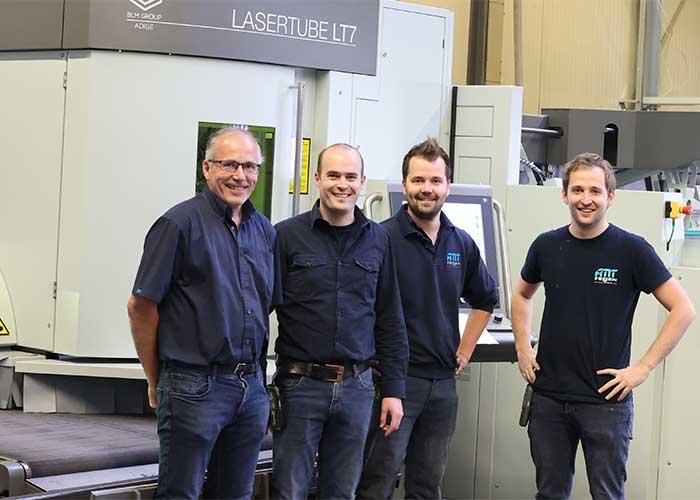 Vader John Feijen en de broers Jan, Frank en Rik. Feijen Metaaltechniek biedt alles onder één dak: van schetsontwerp tot prototype en uiteindelijk tot compleet eindproduct.