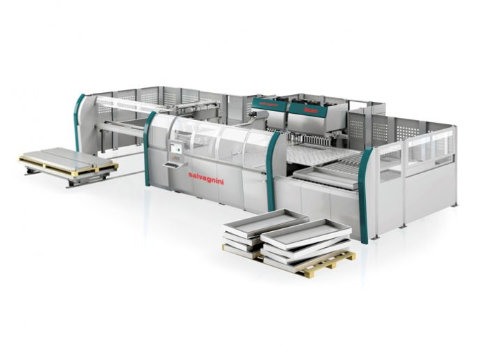 Met de overname van Matrix Tools biedt Tuwi nu ook innovatieve kantbanken met automatisch gereedschapswisselsysteem, fiberlasers met sorteersysteem, ponsmachines en ponslasers en natuurlijk de unieke panelenbuiger van Salvagnini.