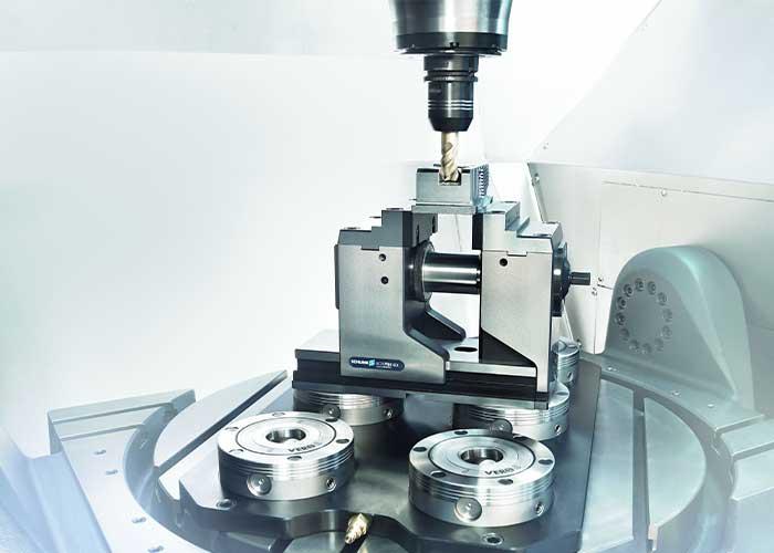 De Kontec KSX klem is speciaal geschikt voor 5-assige bewerkingen.