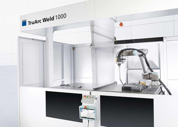 Dankzij de scheidingswand in de TruArc Weld 1000 die omlaag kan, kunnen zowel grote als kleine werkstukken worden gelast.