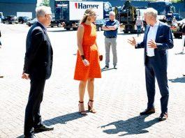 ontwikkelingen in het MKB sinds de coronacrisis op de voet. Ze bezocht onlangs Hamer in Apeldoorn om in gesprek te gaan over wat een leven lang ontwikkelen in het MKB inhoudt. (Foto's: Sander Koning)