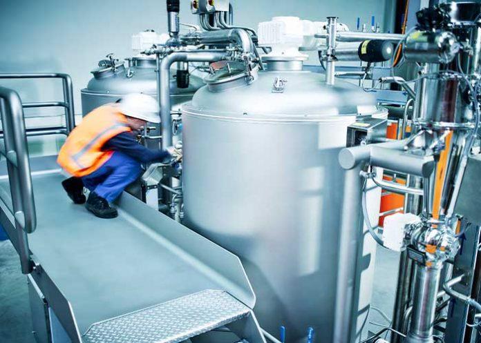 """Orangeworks maakt samen met TFT een grote schaalsprong in technologie en techniek. """"Vanuit hoogwaardige, voedseltechnologische kennis ontwikkelen en bouwen we machines en productie equipment waarmee onze klanten kunnen innoveren in hun markt of niche."""""""