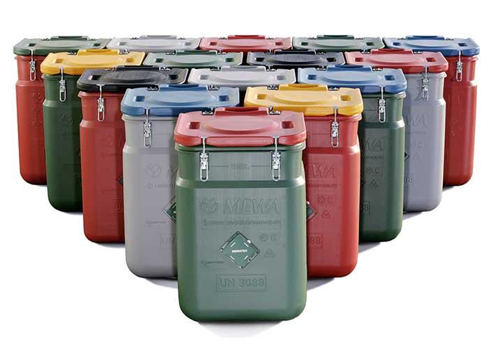 De Safety Containers SaCon van MEWA zorgen niet alleen voor het efficiënte transport en de veilige opslag van de poetsdoeken maar ook voor een duidelijke vermindering van de afvalberg.