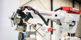 Na Duitsland kunnen ook klanten in België en Nederland hun RoboJob-automatisering nu leasen.