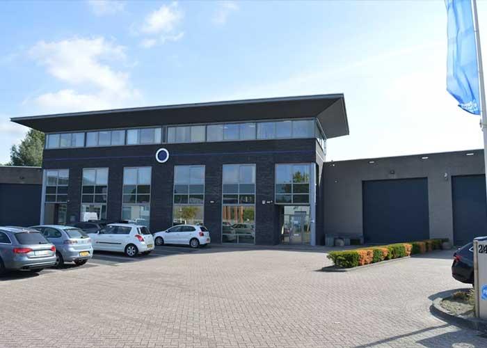 De vestiging in Moerdijk is ook voor Belgische bezoekers goed bereikbaar. Tuwi krijgt veel aanvragen uit België en wil daar actiever worden.
