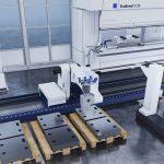 De robot herkent met een nieuw ontwikkelde digitale sensor delen automatisch en neemt zo de platen correct op.