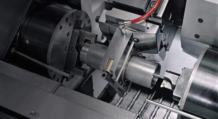 Met machines zoals de EM80 kunnen werkstukken compleet en nauwkeurig onbemand worden bewerkt.