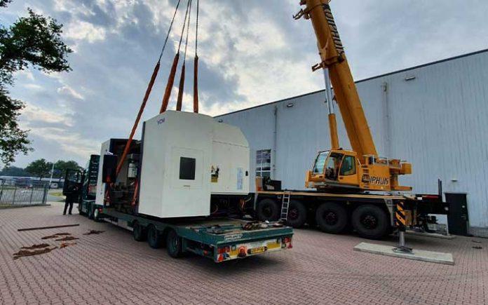 Hop Machines heeft de 5-asser van YCM in augustus afgeleverd bij Mazcom Metaaltechniek.