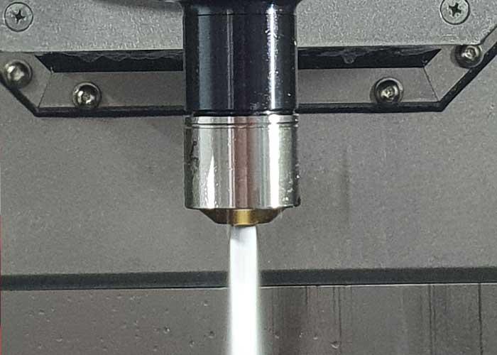Met de gereedschaphouder BIG Capto C4 kan nog directer worden gekoeld, langs de schacht op het werkstuk.