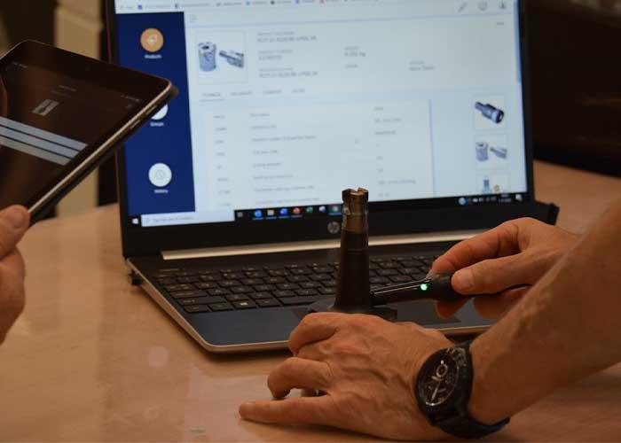 Tool ID is een praktisch en retrofit identificatiesysteem voor snijgereedschappen, dat analoge tools verbindt met de digitale wereld.