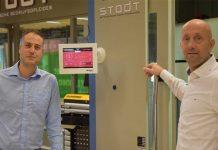 """Shady A El Moursi (links) en Bob Selker: """"De digitale Machine Monitoring tool past perfect in de Industrie 4.0 oplossing."""""""