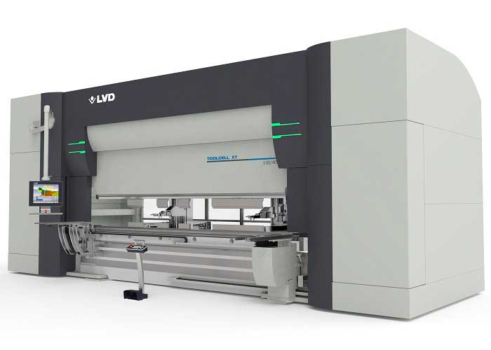 De eerste machine die LVD aan Breman Bending levert is een ToolCell XT kantbank met automatisch wisselsysteem en vergroot gereedschapsmagazijn, de eerste in Nederland.
