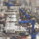 Thomas Regout werkt voortdurend aan hoge machinebeschikbaarheid, korte omsteltijden, hoge mate van automatisering en efficiënte processen.