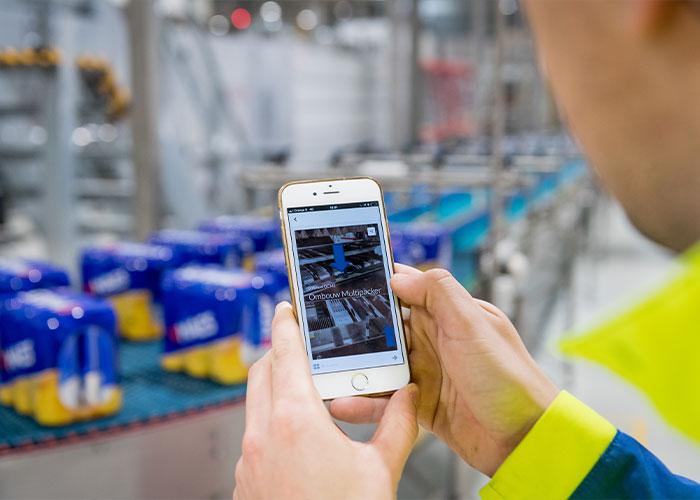 Met behulp van slimme, visuele stap-voor-stap instructies op smartphone, tablet of een digitale bril kunnen monteurs, engineers, operators en field-service technici hun werkzaamheden snel en foutloos uitvoeren.