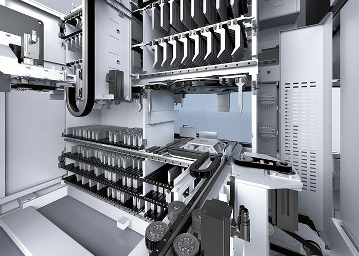Naast de kantbank komt een ToolMaster gereedschappenmagazijn met gereedschapswisselaar te staan. Dit biedt plek aan 85 meter gereedschappen met een maximale lengte van 500 mm.