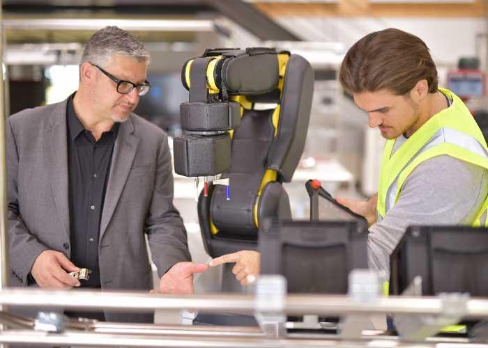 De oplossingen van het Fieldlab kunnen worden gedemonstreerd op de fysieke locaties in het project, de Brainport Industry Campus Eindhoven en de Werk150 - de fabriek op de campus van de Universiteit van Reutlingen.