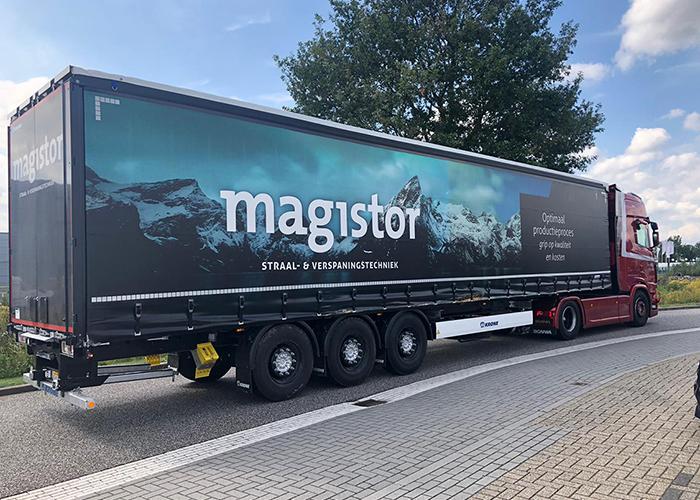 Magistor is gespecialiseerd in de verkoop van straalmiddelen en gereedschappen voor de metaalbewerkende en -verwerkende industrie.