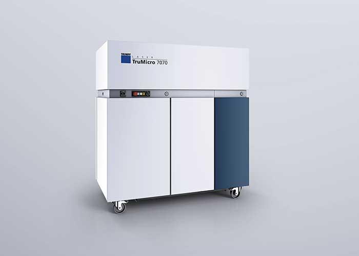 Met een TruMicro 7000 laserbron kan de robot wel 6,5 vierkante meter per uur reinigen.