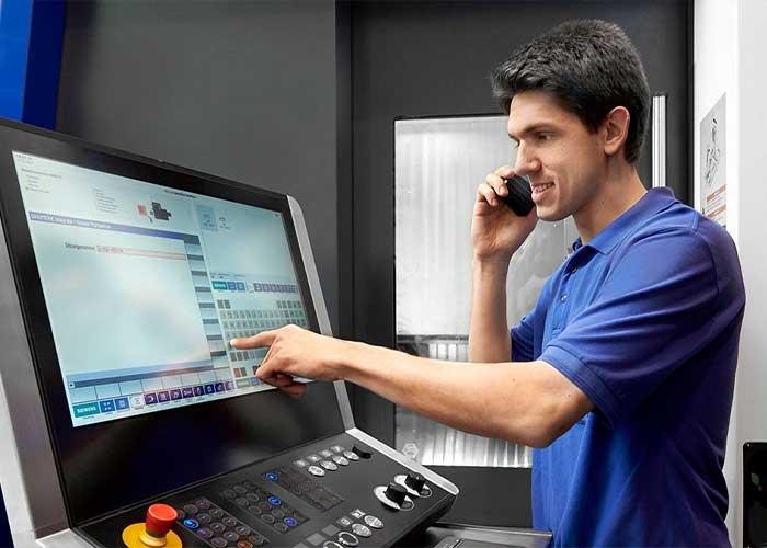 Dankzij de optimale integratie in netwerken kan Heller4Industry met behulp van umati de machineproductiviteit verhogen.