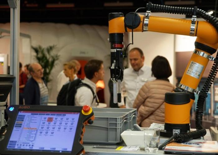 Mikrocentrum is ervan overtuigd dat het veilig organiseren van vakbeurzen goed mogelijk is in de Brabanthallen en de Brainport Industries Campus
