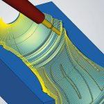Een nieuwe radiale projectiemethode zorgt voor een snelle berekening van de gereedschapsbanen. Flesvormen kunnen eenvoudig worden geprogrammeerd met de nieuwe 5-assige radiale bewerkingsfunctie.