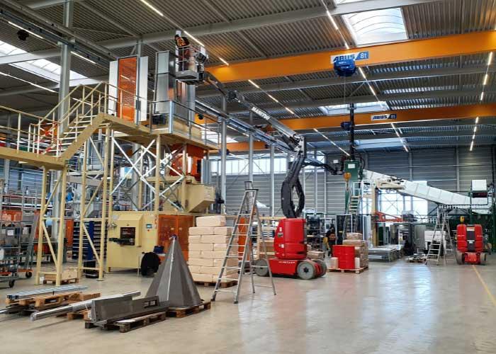 Willems Baling Equipment bouwt machines voor het gecomprimeerd verpakken van volumineuze producten. Het bedrijf is in staat complete productielijnen te bouwen voor de klanten