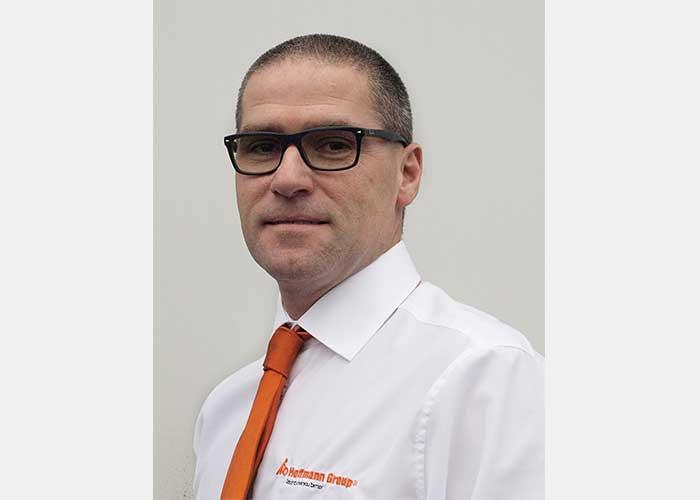 """Technisch specialist Peter van Ravenswaaij: """"ToolScout is een digitaal boek met snijwaardes, altijd up to date."""""""