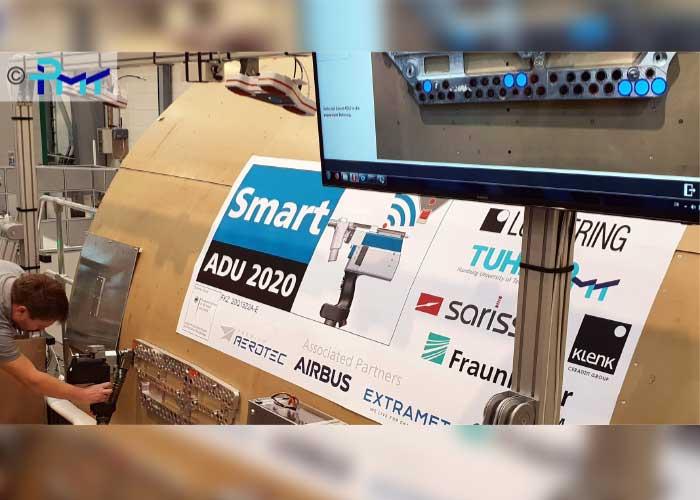 Demonstratie van een semi-automatische machine in een intelligente montage-omgeving (Foto: IPMT Hamburg)