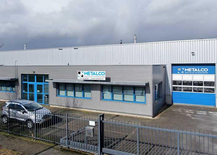 Metalco blijft gewoon onder zijn eigen naam doordraaien, als apart bedrijf en met eigen klanten.