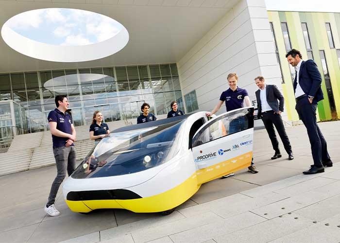 BIC Stella Era is de nieuwste zonne-auto van Solar Team Eindhoven