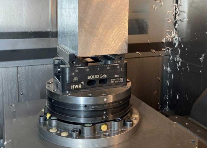 Een toepassing in de praktijk: SOLIDGrip in actie bij de Belgische verspaner Aluro CNC.