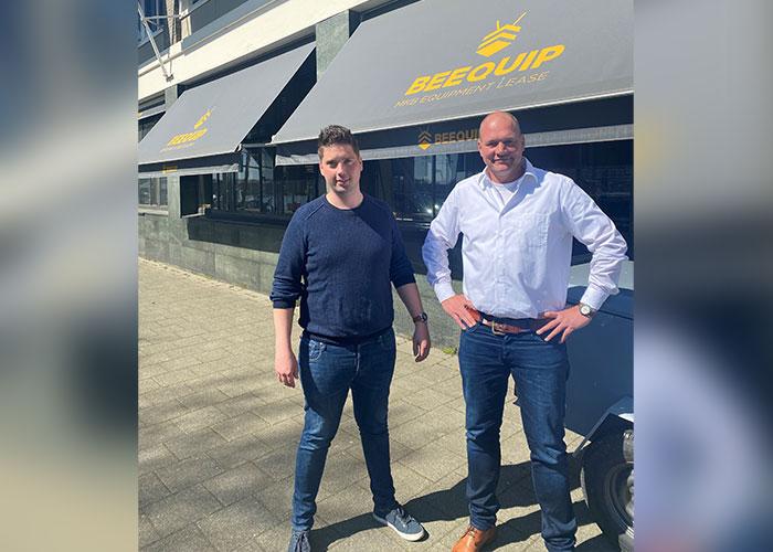 Nathan van der Hoeven, oprichter van Laser & Bending Machines, en Job Maliepaard, Sales Officer bij Beequip. Door de samenwerking met Beequip kan LBM klanten voor gebruikte machines snel duidelijkheid geven over de leasemogelijkheden.