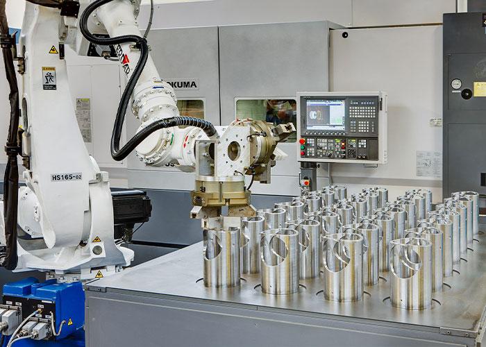 Bies heeft door vroege inzet in robotisering, assemblage-activiteiten en voorraadbeheer kunnen inspelen op klanten, die flexibel willen produceren.