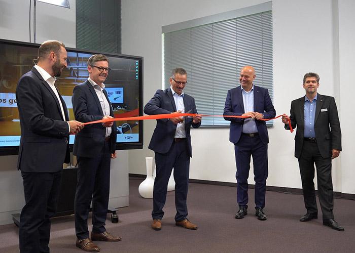 Met de opening van het Medical Solutions Center weerspiegelt GF Machining Solutions de strategische focus van het bedrijf op de medische industrie.